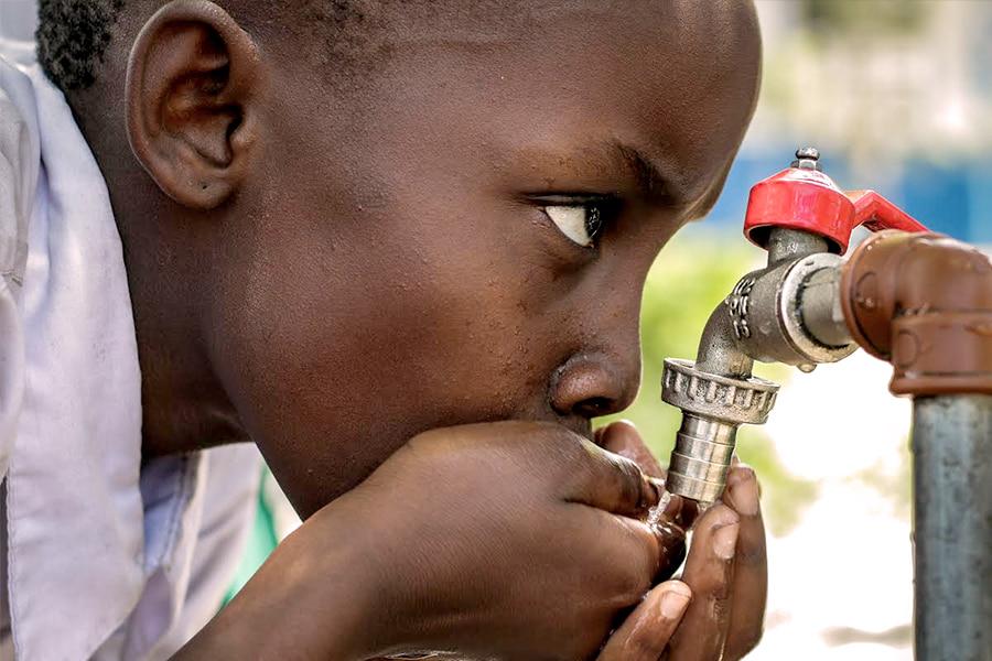 Água limpa e saneamento a todos